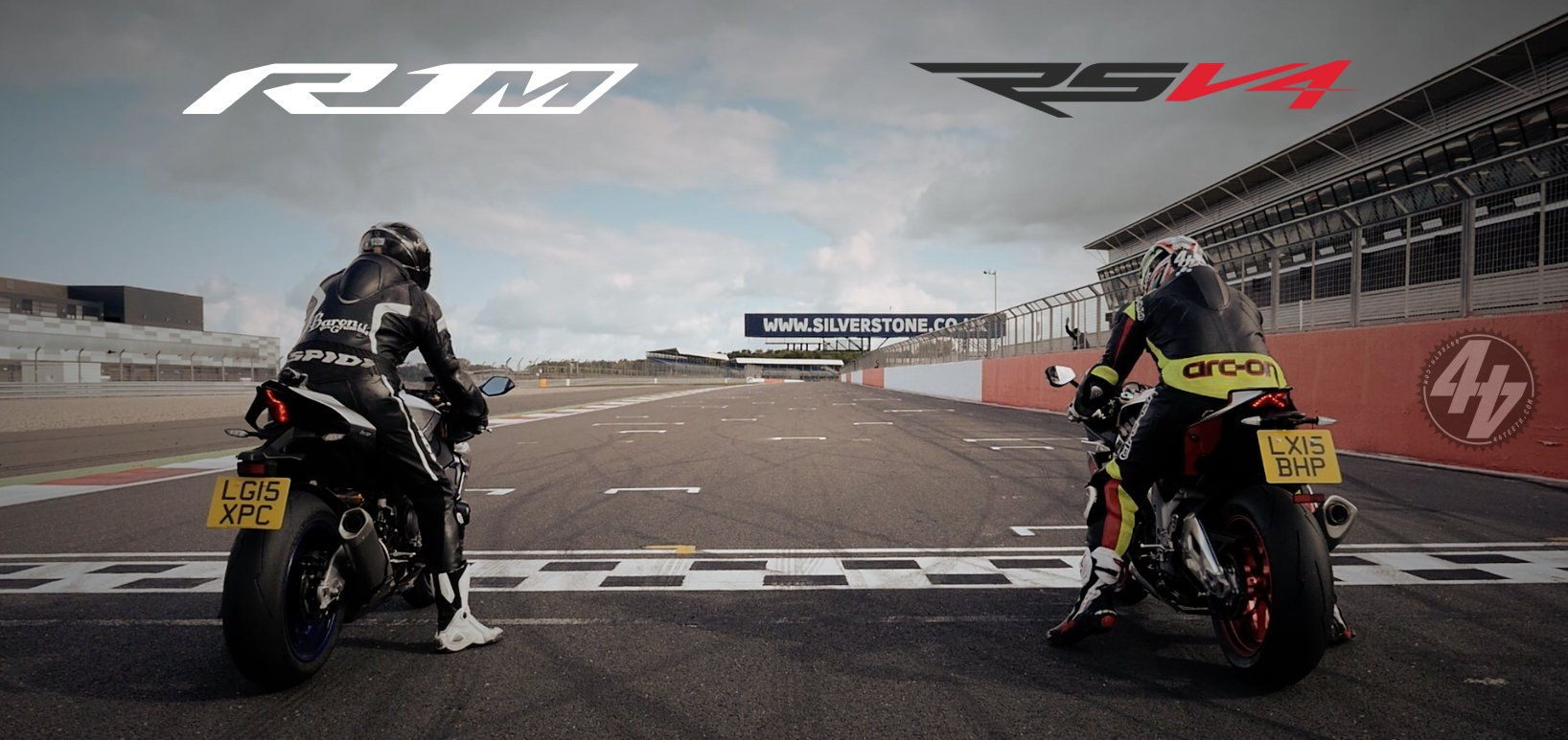 Video: Aprilia RSV4 RF v Yamaha R1M