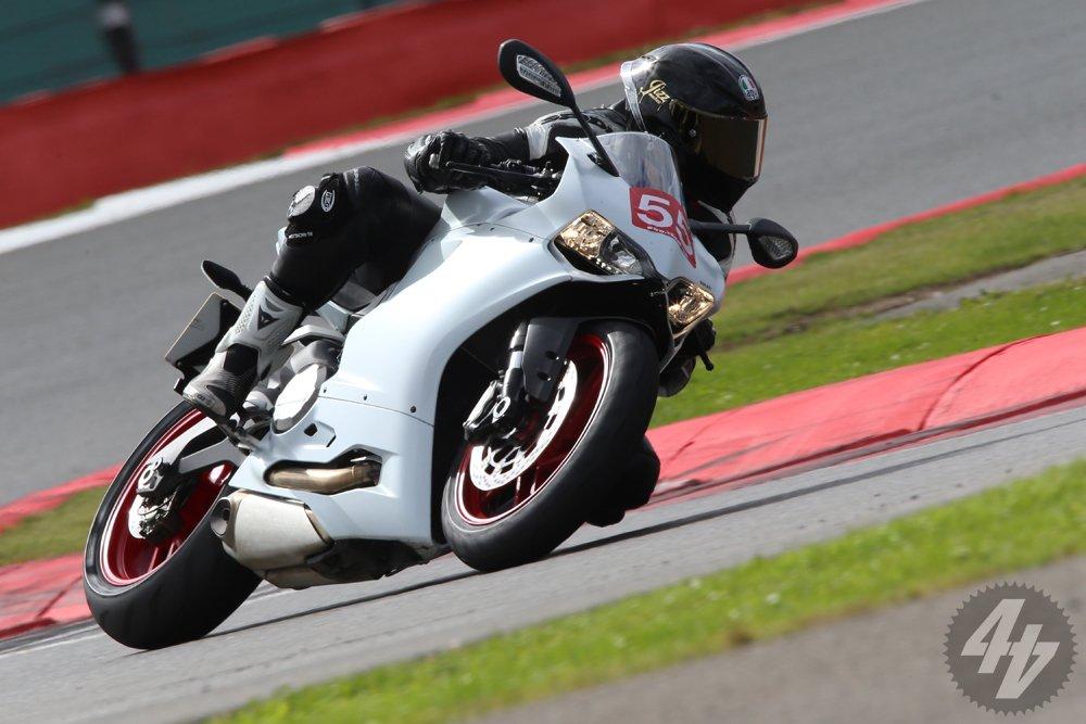 Ducati 899 Panigale: Best Track Mods