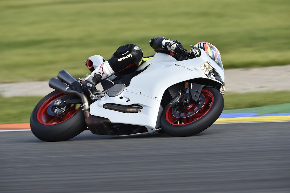 Ducati 959 Panigale Review | First Ride