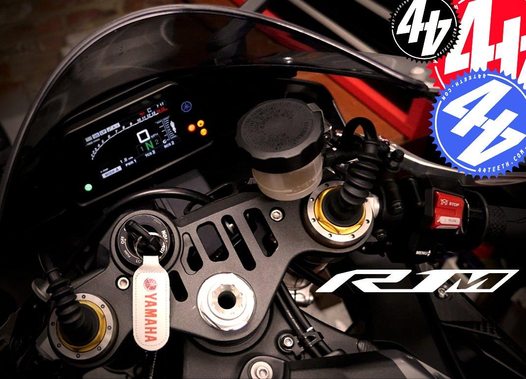 Video: Yamaha R1M Datalogger
