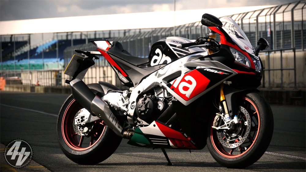 230bhp Aprilia RSV4 available in 2016