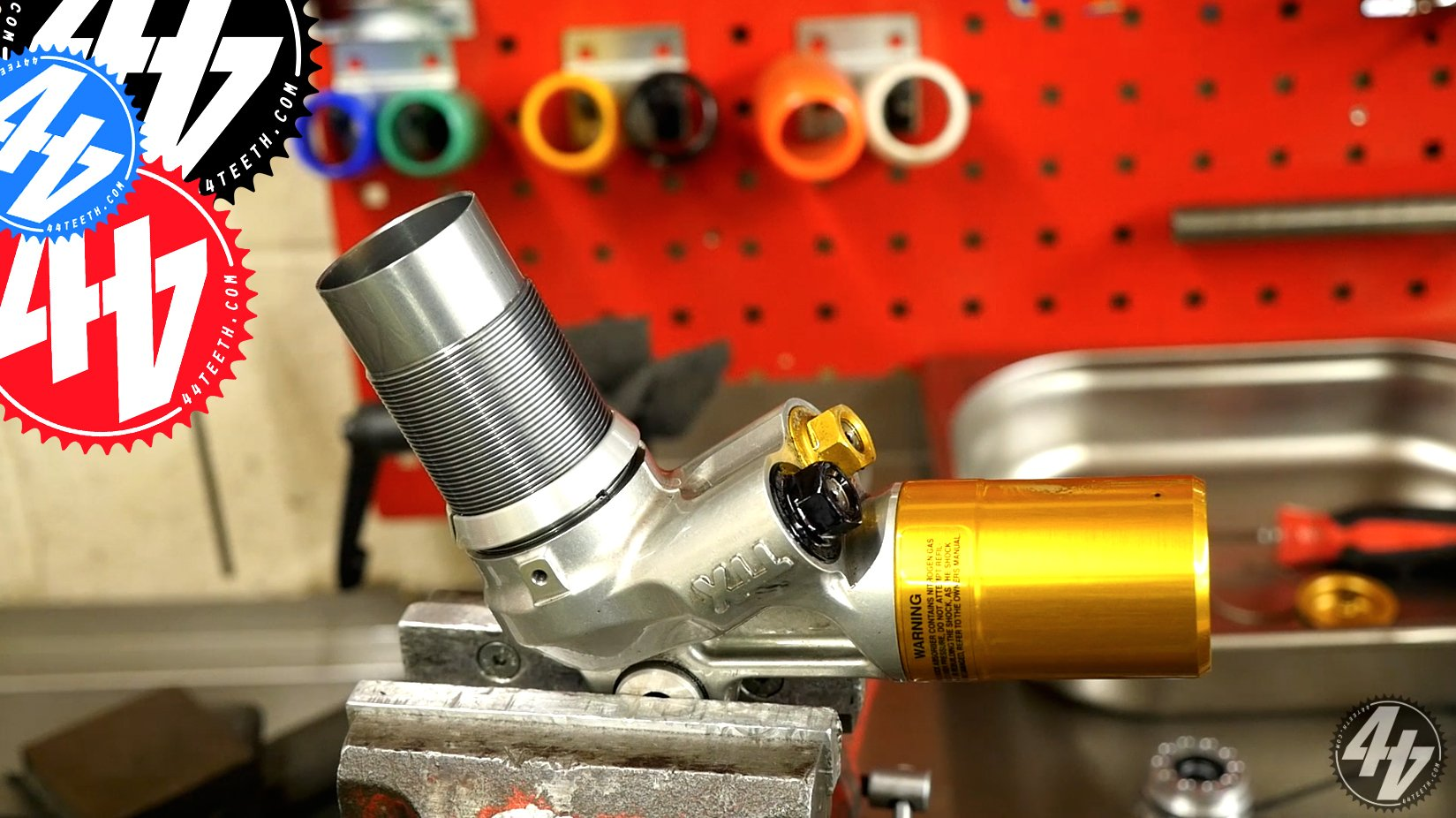 Video: What's inside an Öhlins Shock?