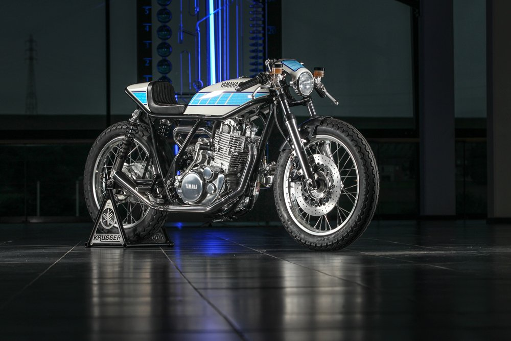 Supercharged Yamaha SR400 by Krugger