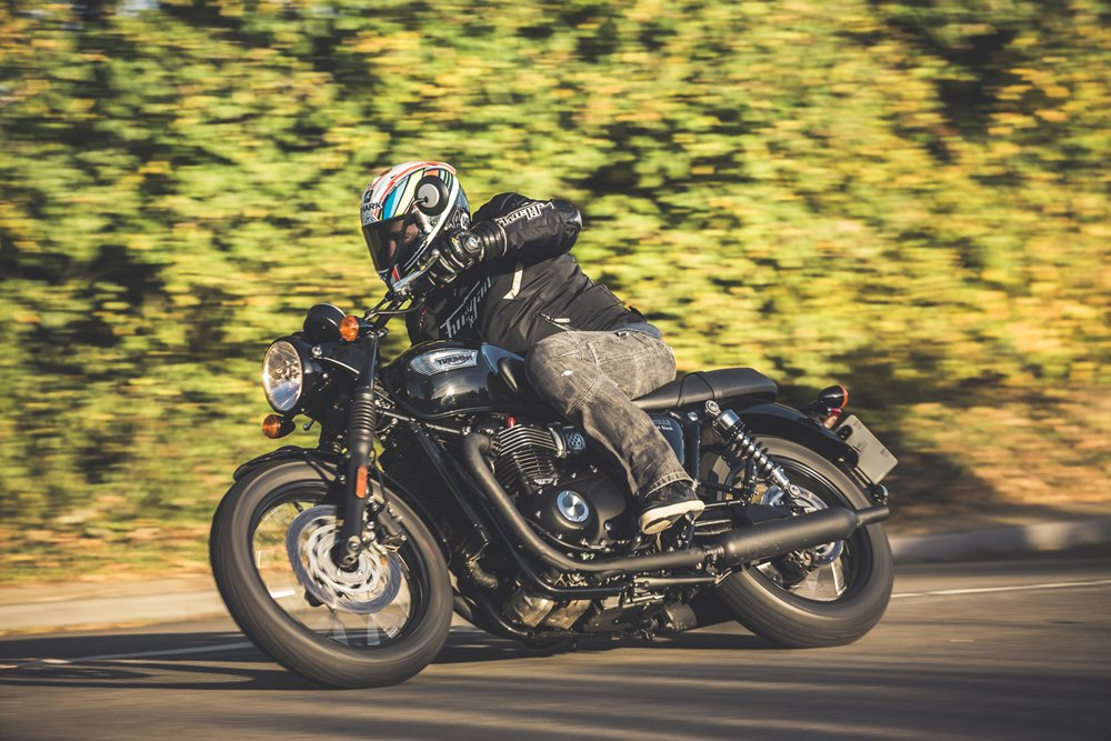 Triumph Bonneville T100 Review