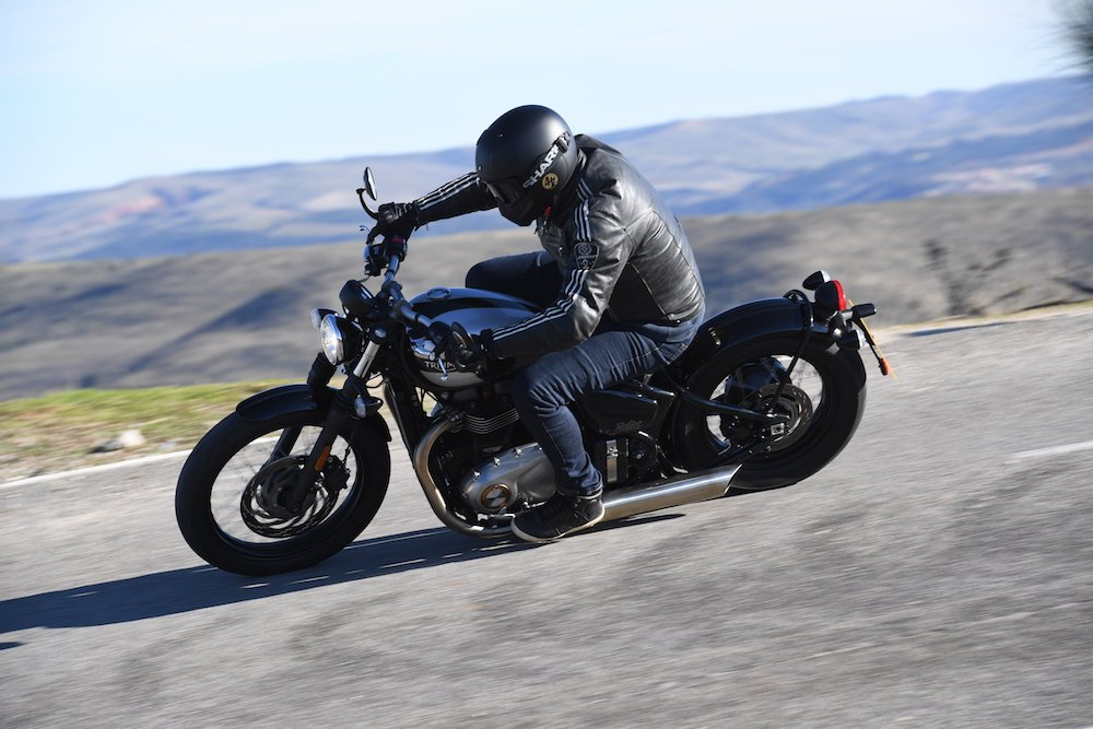 Triumph Bonneville Bobber Review
