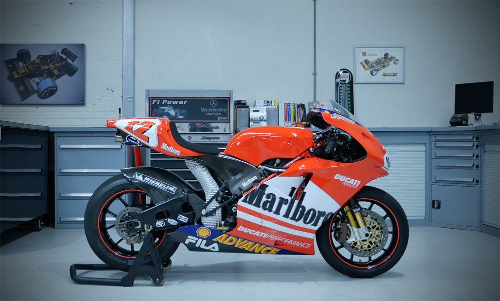 Dream Garage Desmo