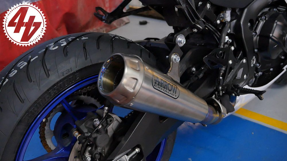 Video: Suzuki GSX-R1000R + Arrow Pro Race Titanium