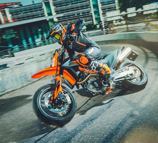 2021 KTM 690 SMC R and Enduro R